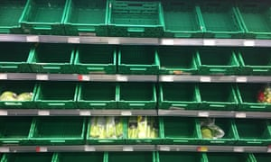 LONDON, UK - March 14th 2018: Empty products shelves in a co-op food storeM8JWYA LONDON, UK - March 14th 2018: Empty products shelves in a co-op food store