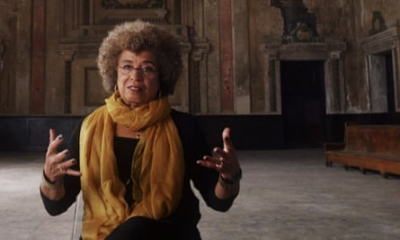 activist and author Angela Davis in 13th