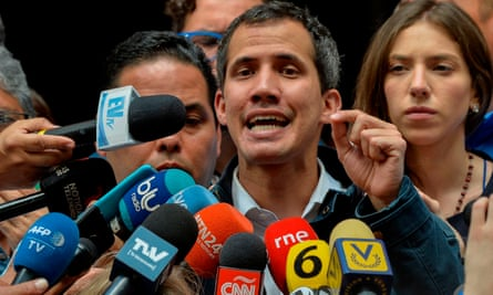 Juan Guaidó speaks to the press in Caracas