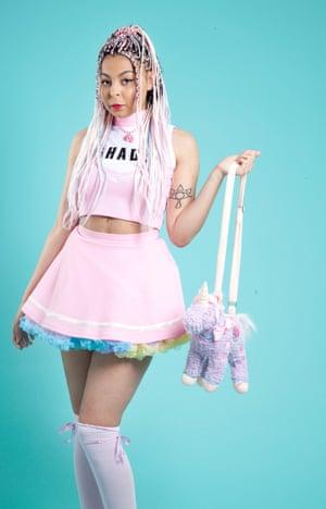 Fashion blogger Shady Kleo