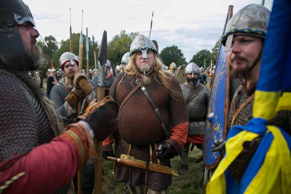 Re-enactors prepare for the main battle.