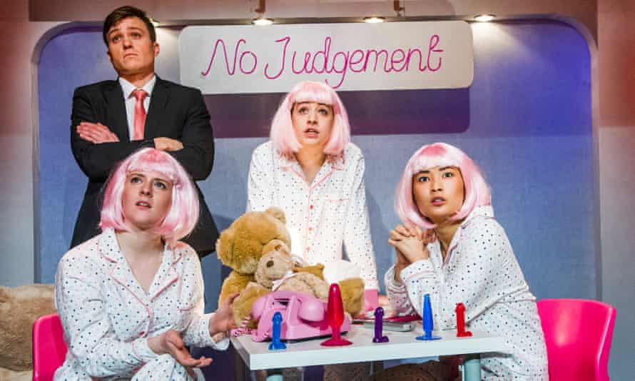 Amy Dunn as Gina, Barney White as the Promoter, Georgia Groome as Nicola and Alice Hewkin as Chloe in Clickbait.