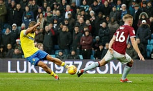 Kemar Roofe scored the winner for Leeds in the fifth minute of stoppage time to complete a dramatic 3-2 victory after Aston Villa had led 2-0 early in the first half.