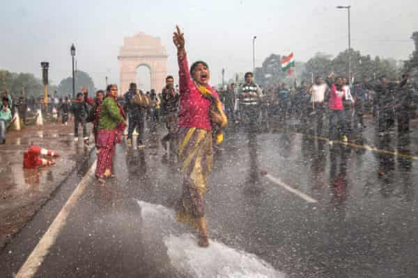 Police turn water cannon on protesters outraged by 2012's fatal Delhi bus rape.