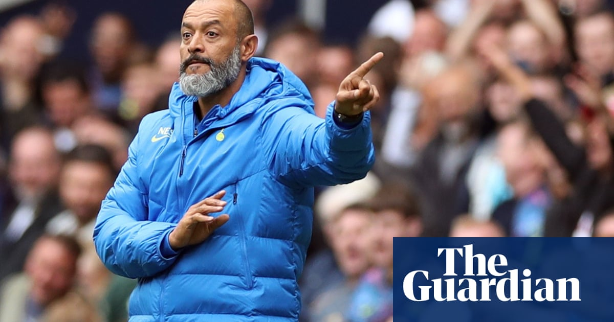 Nuno Espírito Santo will talk to Harry Kane 'soon' after striker reports to Spurs