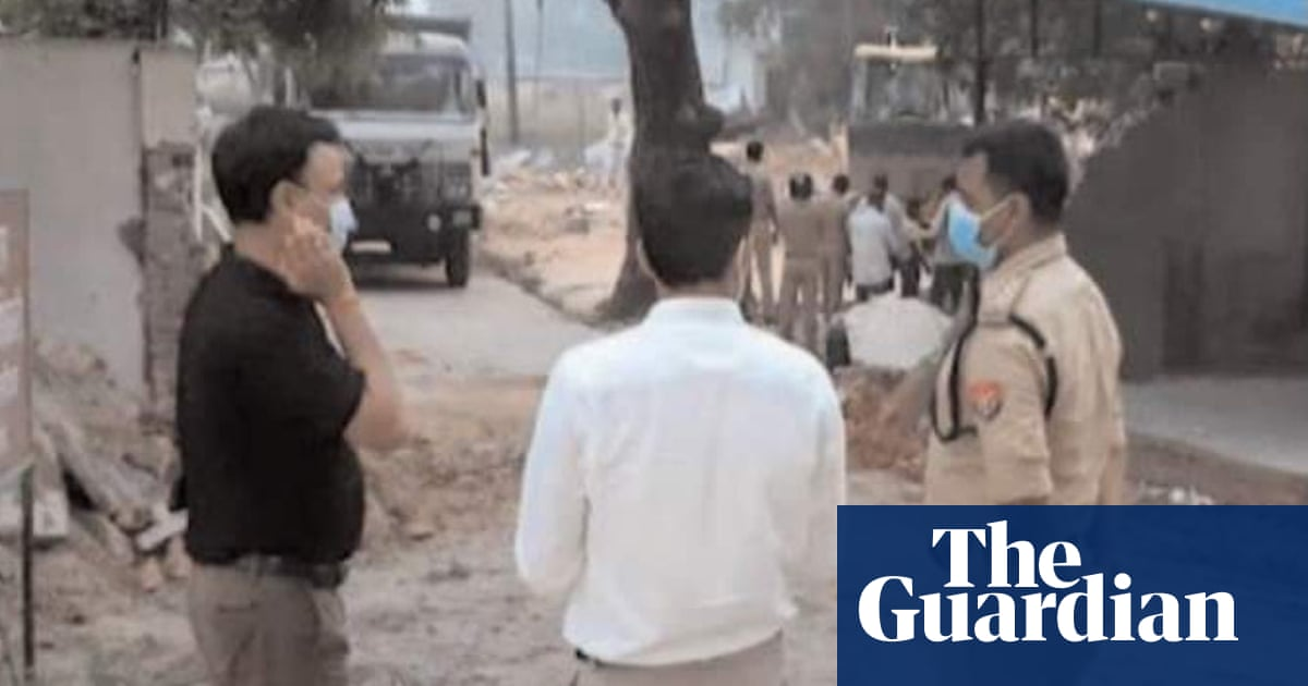 Indian mosque bulldozed in defiance of high court order