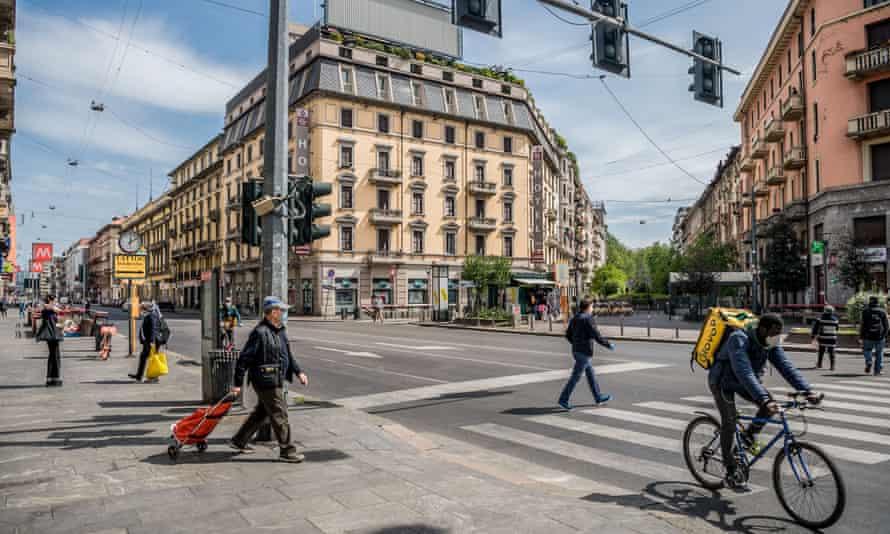 Corso Buenos Aires in central Milan.