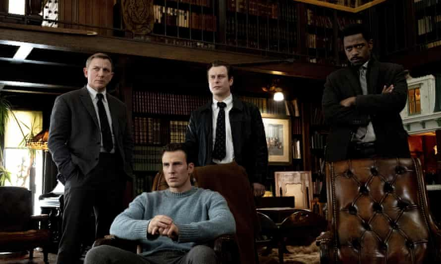 Daniel Craig, Chris Evans, Noah Segan and Lakeith Stanfield in Knives Out
