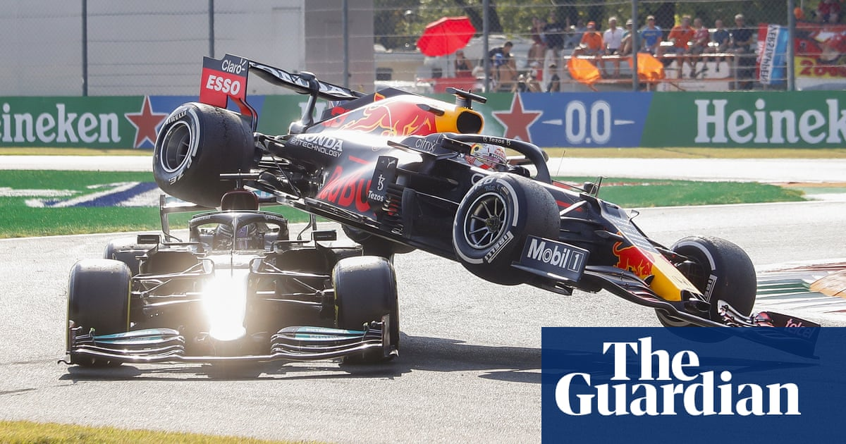 Hamilton and Verstappen crash out of F1 Italian Grand Prix as Ricciardo wins