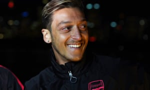 Mesut Özil, pictured in Australia with Arsenal, said that if Alexis Sánchez were sold 'it would be a setback to winning the title'.