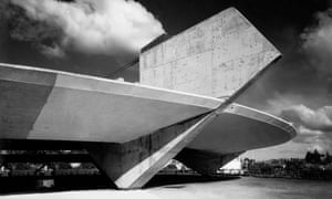 Sparse and startling … Paulistano Athletic Club in São Paulo (1961)