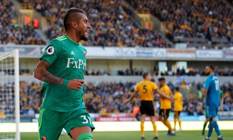 Roberto Pereyra strikes as Watford stun Wolves with two goals in one minute