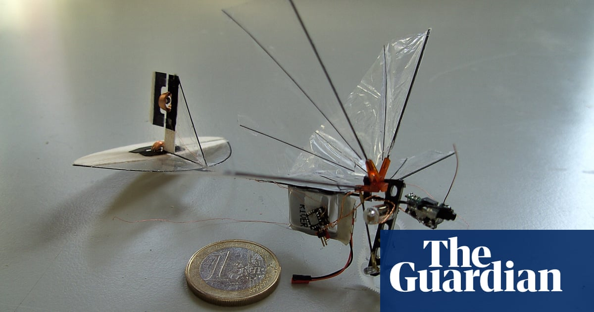 Robotic bees could pollinate plants in case of insect apocalypse