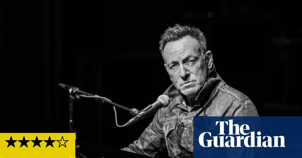 Bruce Springsteen: Springsteen on Broadway review – magical