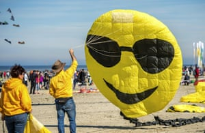 Smiley face kite