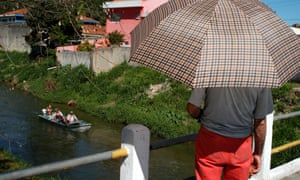 Cleaning of the Sorocaba river.