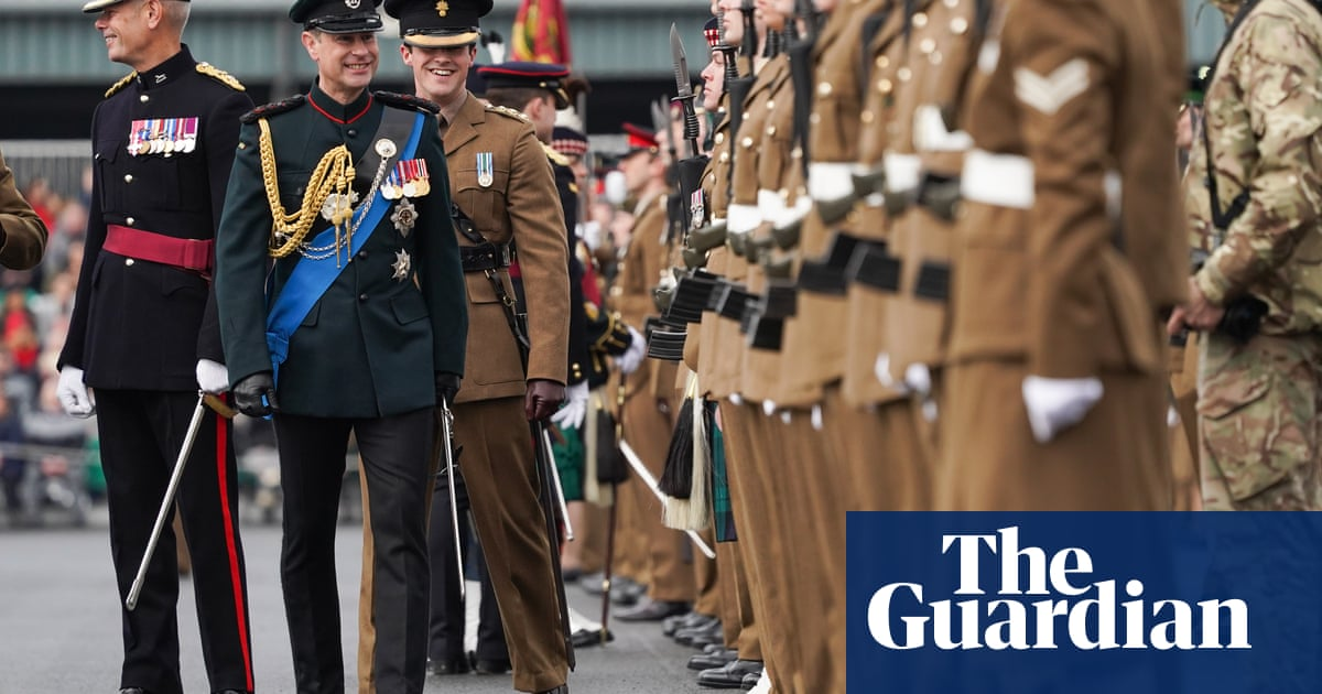 Recruitment of under-18s to British military should end, ministers told
