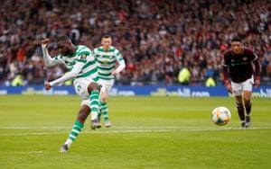 Edouard tucks the ball away.