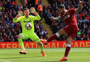 The goalkeeper Jack Butland is among the players likely to leave Stoke if they are relegated.