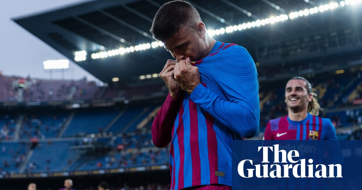 Gerard Piqué shows his Barcelona colours as pay cut helps set up victory | Sid Lowe