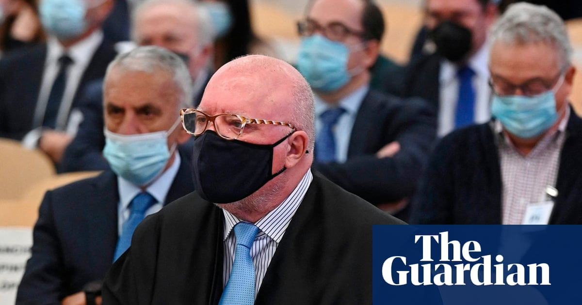Spanish former police inspector in court over 'sewers of state' scandal