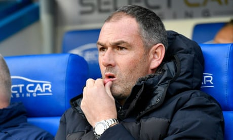 Reading sack Paul Clement after poor start to season