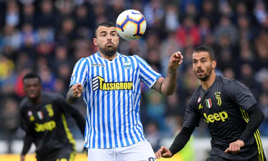 Andrea Petagna in action for Spal, where he is spending the 2018-19 season on loan, against Juventus.