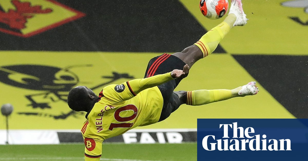 Danny Welbeck bicycle kick seals Watford fightback against Norwich