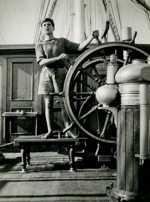 Newby aged 18 at the wheel of the Moshulu