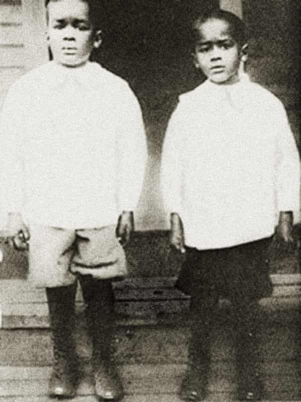Richard Wright and his younger brother, Leon.