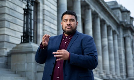 'Like juggling and doing gym': life as Ardern's sign language interpreter