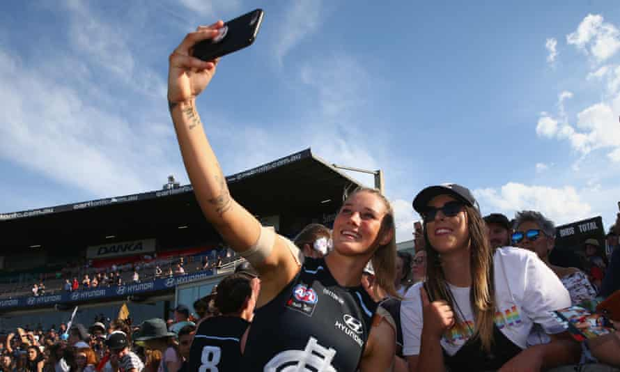 Fan engagement in the AFLW
