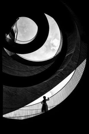 Florence, Italy, 2017, a photograph from Alan Schaller's Metropolis series