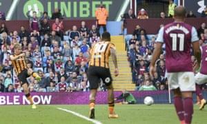 Jarrod Bowen lashes home Hull's equaliser.