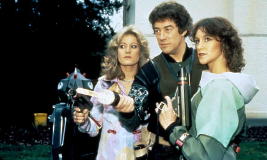 Gareth Thomas, with Sally Knyvette and Jan Chappell in a 1978 Blake's 7 episode.