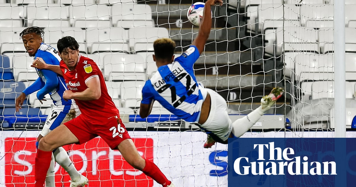 Huddersfield sink Nottingham Forest to raise pressure on Sabri Lamouchi