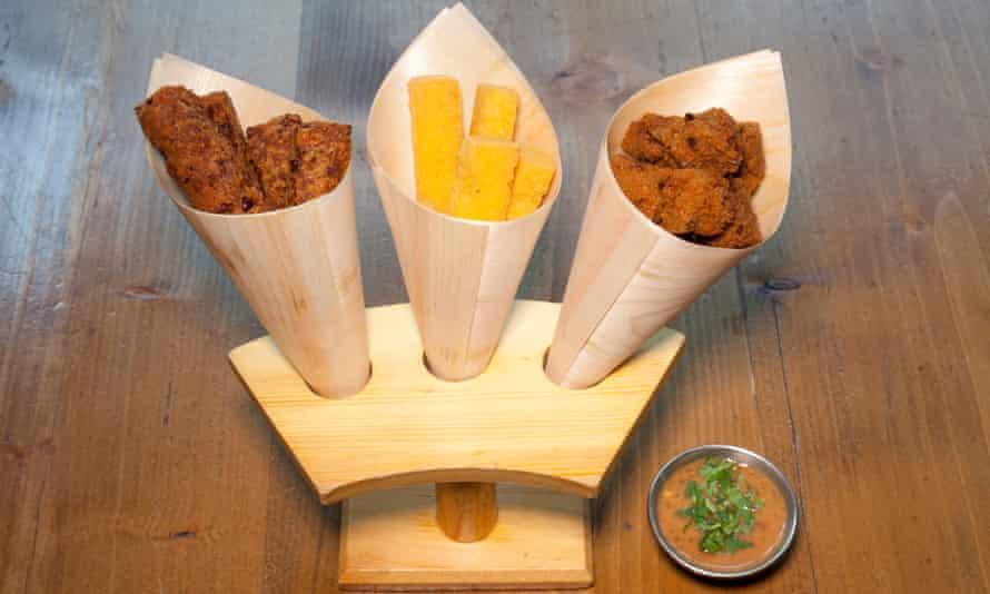 'The Burmese love deep-fried stuff': fritter selection.