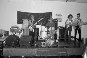 Zero, 1979, with Irena Lucas on keyboards, Morrison on drums and Willsteed at the far right