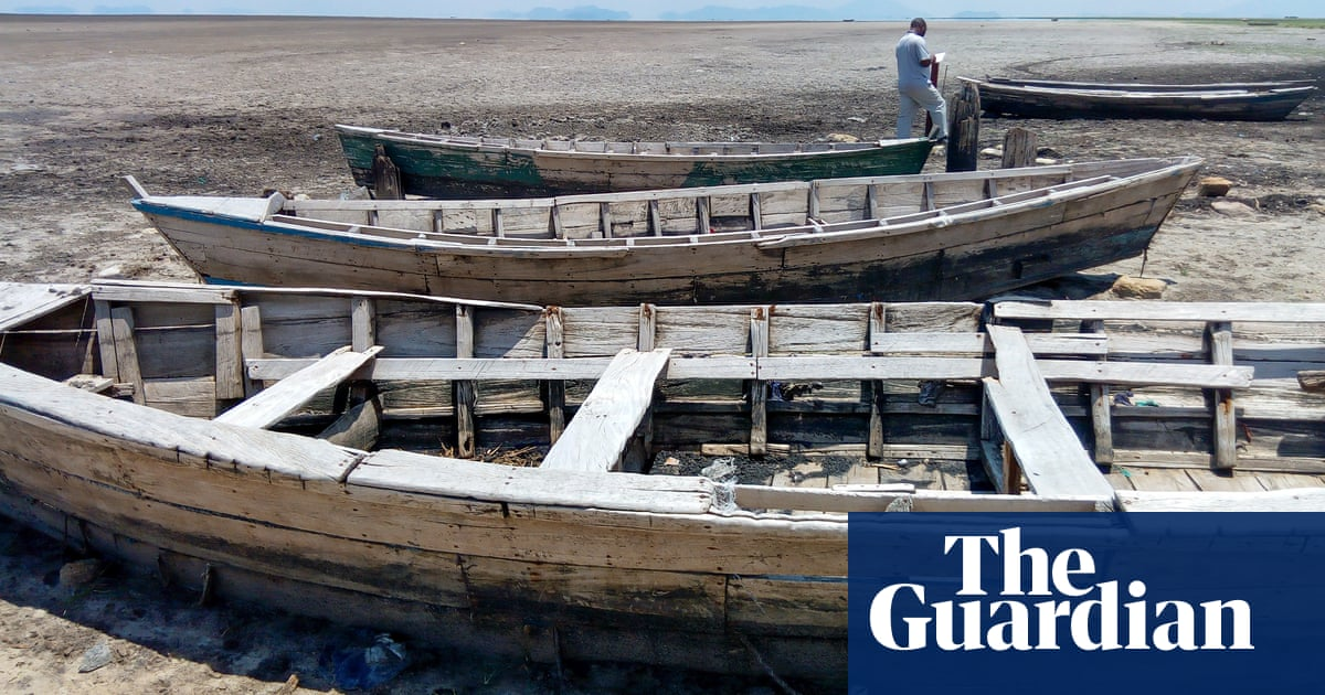 'Everything is changing': the struggle for food as Malawi's Lake Chilwa shrinks