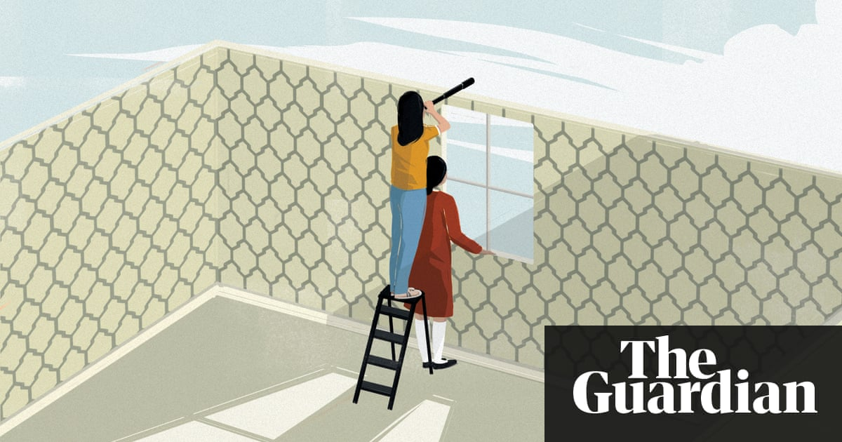 Elena Ferrante: 'Dreaming of a return to the past is a denial of youth'