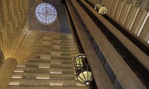 The atrium of Portman's Atlanta Hyatt Regency hotel.