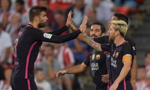 Barcelona players celebrate after Ivan Rakitic's opening goal.