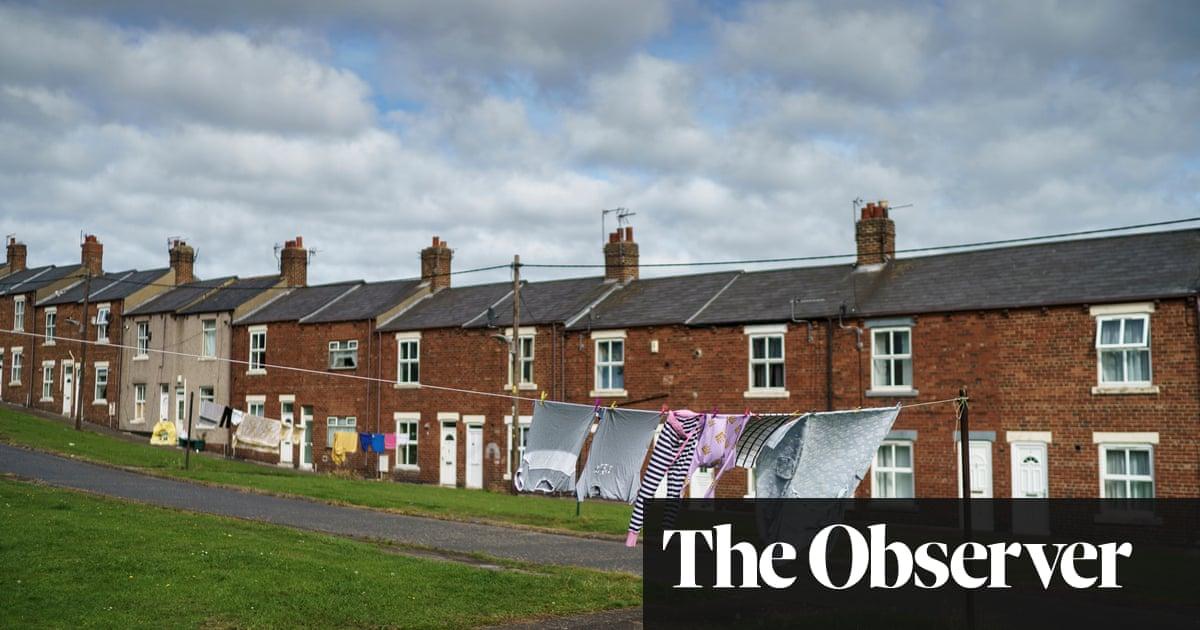 最も貧しい人々に打撃を与える時代遅れのカウンシル税を求める改革