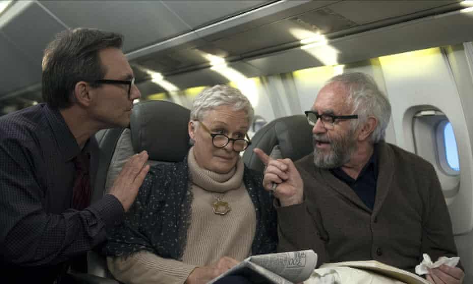 Christian Slater, Glenn Close and Jonathan Pryce in Björn Runge's The Wife.