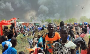 South Sudanese civilians flee fighting in the town of Malakal on 18 February 2016