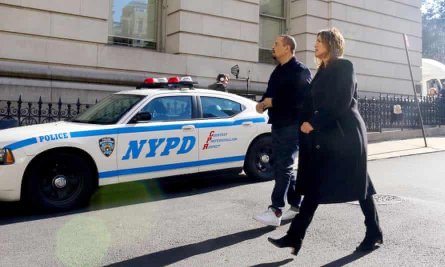 Ice-T and Mariska Hargitay in Law & Order: SUV