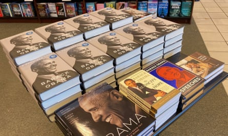 Former President Barack Obama's new book A Promised Land sold nearly 890,000 copies in its first 24 hours.