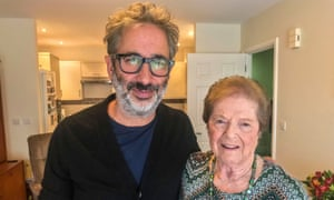 David Baddiel with Rachel Levy, a Holocaust survivor.