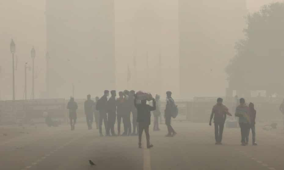 Heavy smog at Rajpath in Delhi, where there is concern pollution could aggravate the Covid-19 situation.