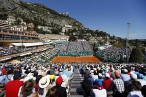 Nadal and Murray compete under sunny conditions in Monte Carlo.